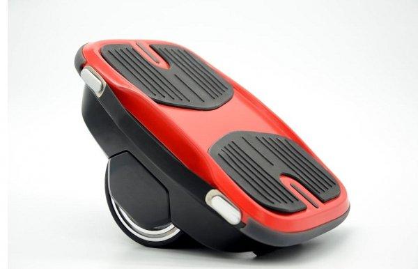 Китайские инженеры создали ботинки-гироскутеры