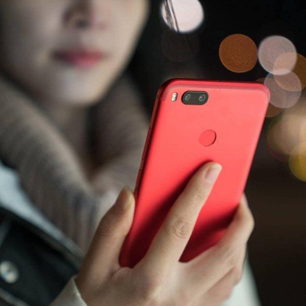 Новый Xiaomi Mi A2 «засветился» в базе данных Geekbench