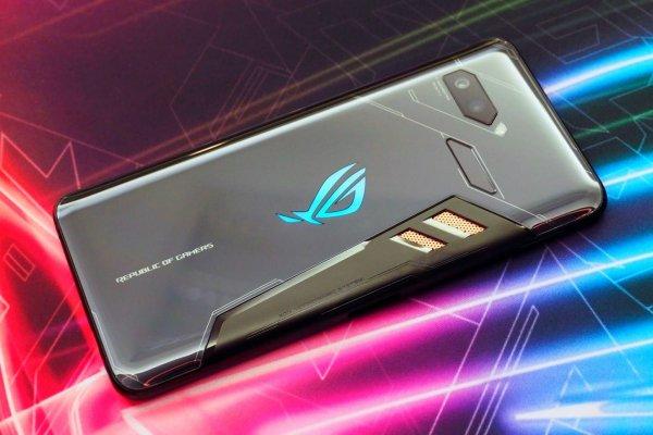 Asus ROG Phone признан самым производительным смартфоном