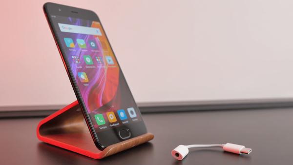 Xiaomi Mi 6 резко подешевел почти на 8 тыс. рублей