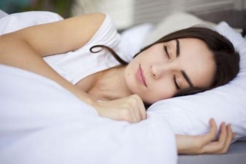 Японские ученые выяснили, чем опасен слишком долгий сон