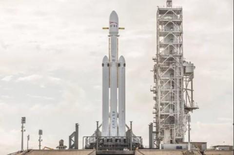 SpaceX отправит на орбиту секретный спутник ВВС США