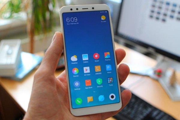 Новые Xiaomi Mi A2 и Mi A2 Lite с чистым Android потупили в продажу