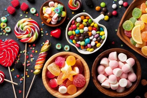 Медики назвали факторы, провоцирующие употребление сладкого