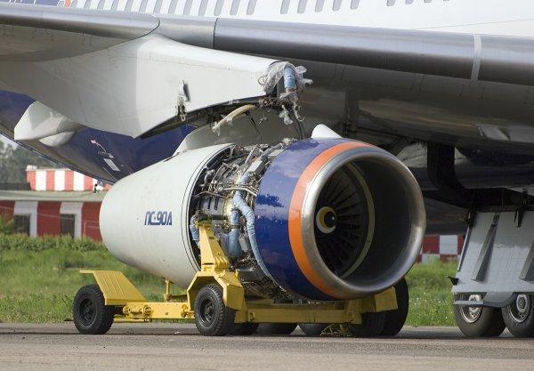 Российские ученые разрабатывают гибридно-электрический авиационный двигатель