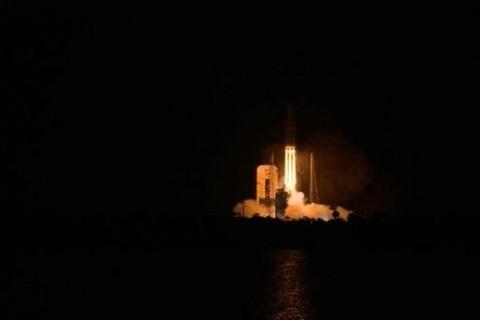 Со второй попытки: NASA запустило зонд для исследования Солнца