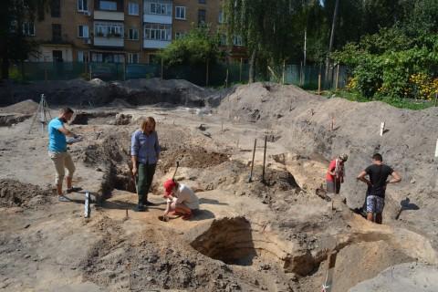 Археологи обнаружили в Чернигове редкие артефакты XII-XIII века
