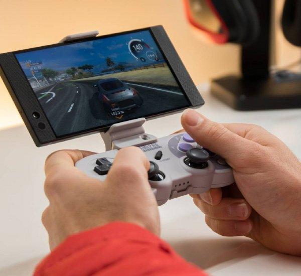 Обвал цен: Первый в мире игровой смартфон Razer Phone продают на 20% дешевле