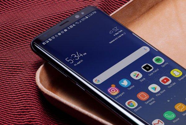 Samsung анонсировал бюджетный Galaxy J4+ и J6+