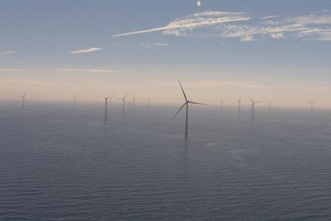 В Британии появилась самая крупная в мире плавучая электростанция
