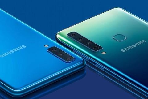 Samsung презентовал смартфон с четырьмя фотокамерами
