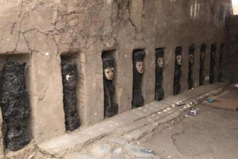 Археологи нашли 19 пугающих идолов в Перу