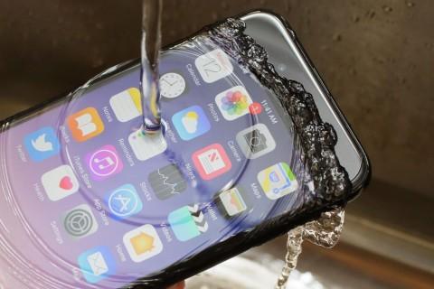Компания Apple предупредила о возможных дефектах в iPhone X и MacBook Pro