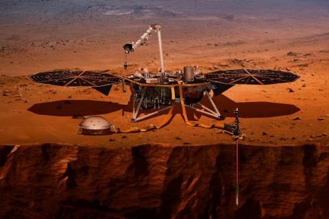На Землю передали первый сделанный зондом InSight снимок с поверхности Марса