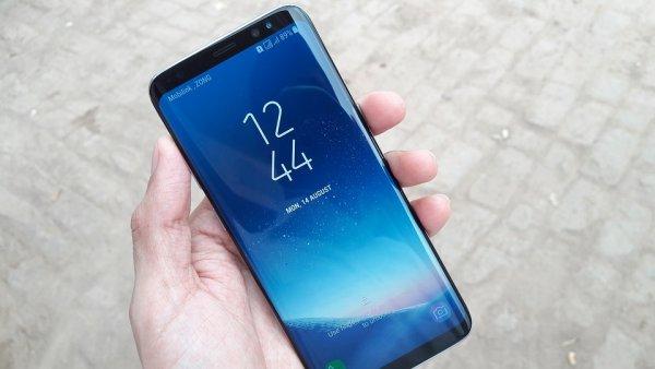 Samsung добавит флагманскому Galaxy S10 режим ночной съемки