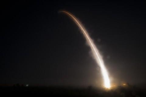В США протестировали межконтинентальную баллистическую ракету