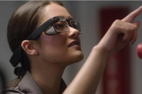 В Google представили новые умные очки
