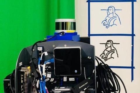 В США робот с первый попытки скопировал Мону Лизу