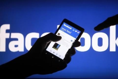 В Facebook запретили установку своих приложений в Huawei