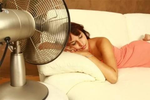Эксперты рассказали, что делать, чтобы уснуть в жару