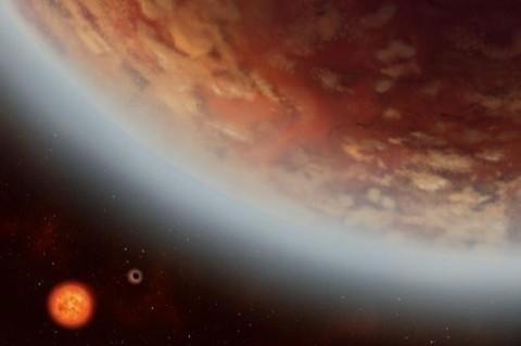 Ученые обнаружили экзопланету, на которой есть вода и облака