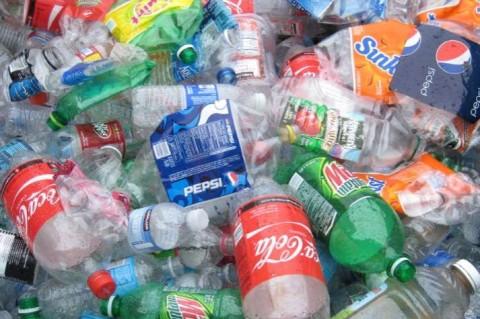 Ученые нашли способ переработки всех видов пластика