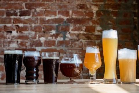 Ученые назвали правильный способ открывать банку пива