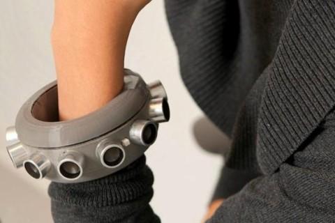 В США придумали браслет, который глушит микрофоны