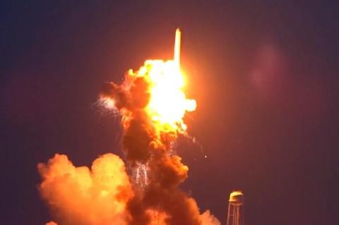 Прототип ракеты SpaceX взорвался во время испытания