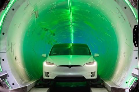 Илон Маск показал эскиз тоннеля под Лас-Вегасом
