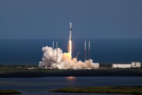 Компания SpaceX назвала дату следующего полета астронавтов в космос