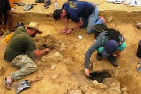 Археологи обнаружили на Британских островах наскальные рисунки