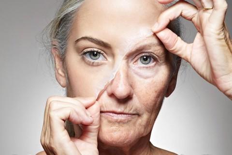 Швейцарские ученые нашли молекулу, которая поможет помочь избавиться от старости