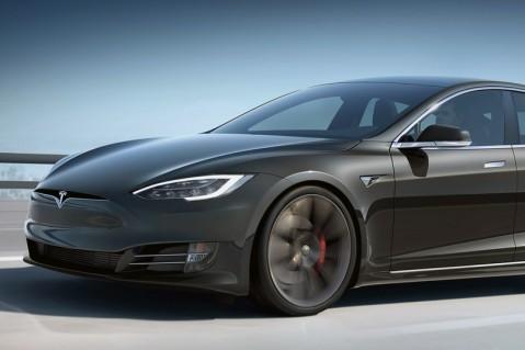 Отремонтируют бесплатно: Tesla отзывает более 10 тыс. авто из-за проблемы