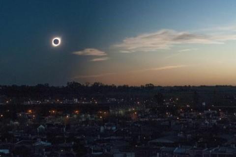 Полное солнечное затмение: мир в предвкушении масштабного космического явления
