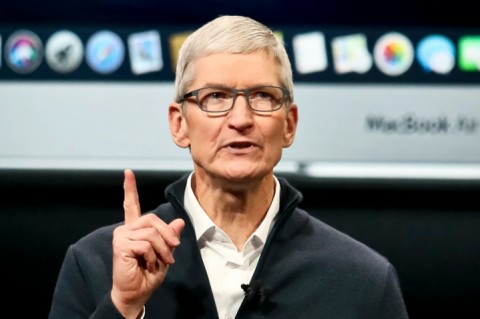 Глава Apple увеличил свое состояние на 300 млн долларов
