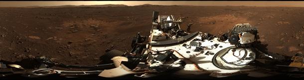 В NASA показали панорамный снимок Марса