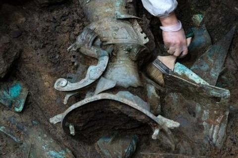 В Китае нашли древнюю золотую маску