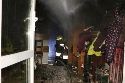 В ходе пожара в Днепре пострадали два человека