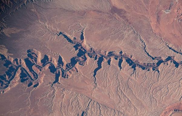 Летчик NASA показ снимки Земли с МКС