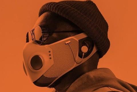 Американский рэпер выпустил высокотехнологичную защитную маску