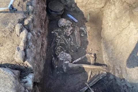 В Донецкой области археологи нашли древние захоронения