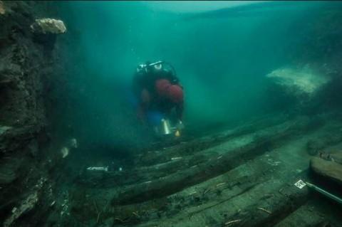 На морском дне: в Египте в руинах храма нашли древний корабль