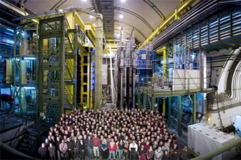 Ученые открыли при помощи адронного коллайдера новую материю