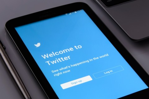 Обидчиков в блок: Twitter тестирует функцию защиты пользователей от оскорблений